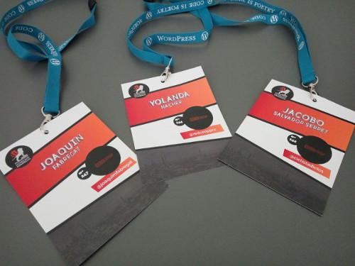 Nuestras acreditaciones en la WordCamp de Zaragoza